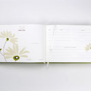 13_binth-baby-book-inside