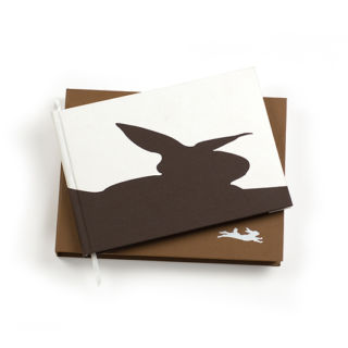 Binth Baby Book in Chocolate Brown
